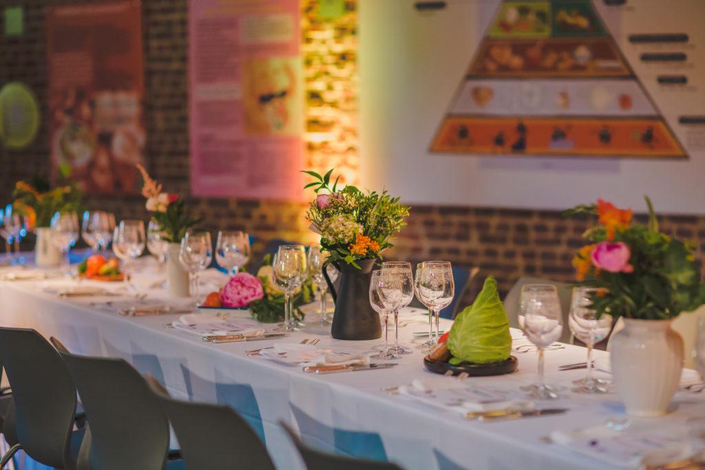 Table setting PR dinner © Leyla Hesna